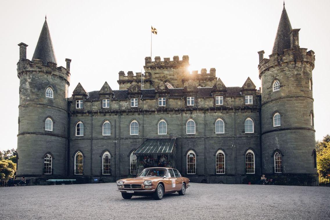 Inveraray Castle - Maserati Quattroporte