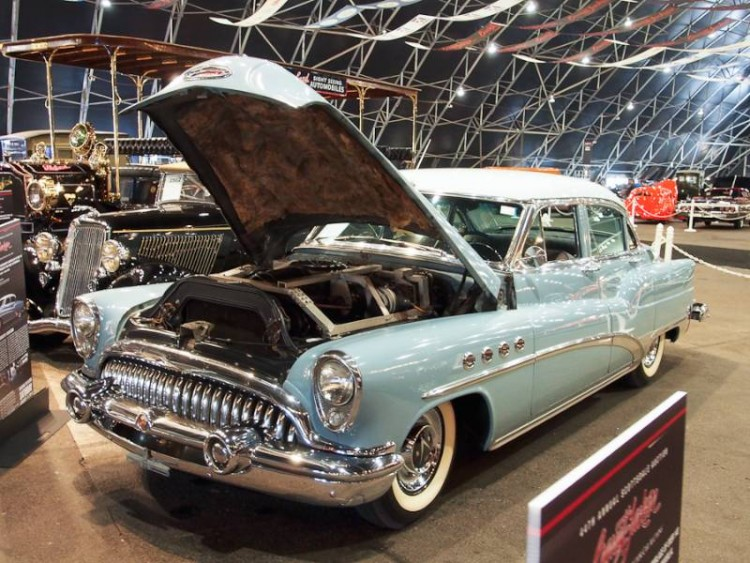 1953 Buick Roadmaster 4-dr. Sedan