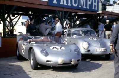 The winning Hans Herrmann, Oliver Gendebien Porsche 718 RS 60 on the grid next to the 11th place Porsche 356A Carrera of Jan Bootz and Carel Godin de Beaufort. BARC boys photo.