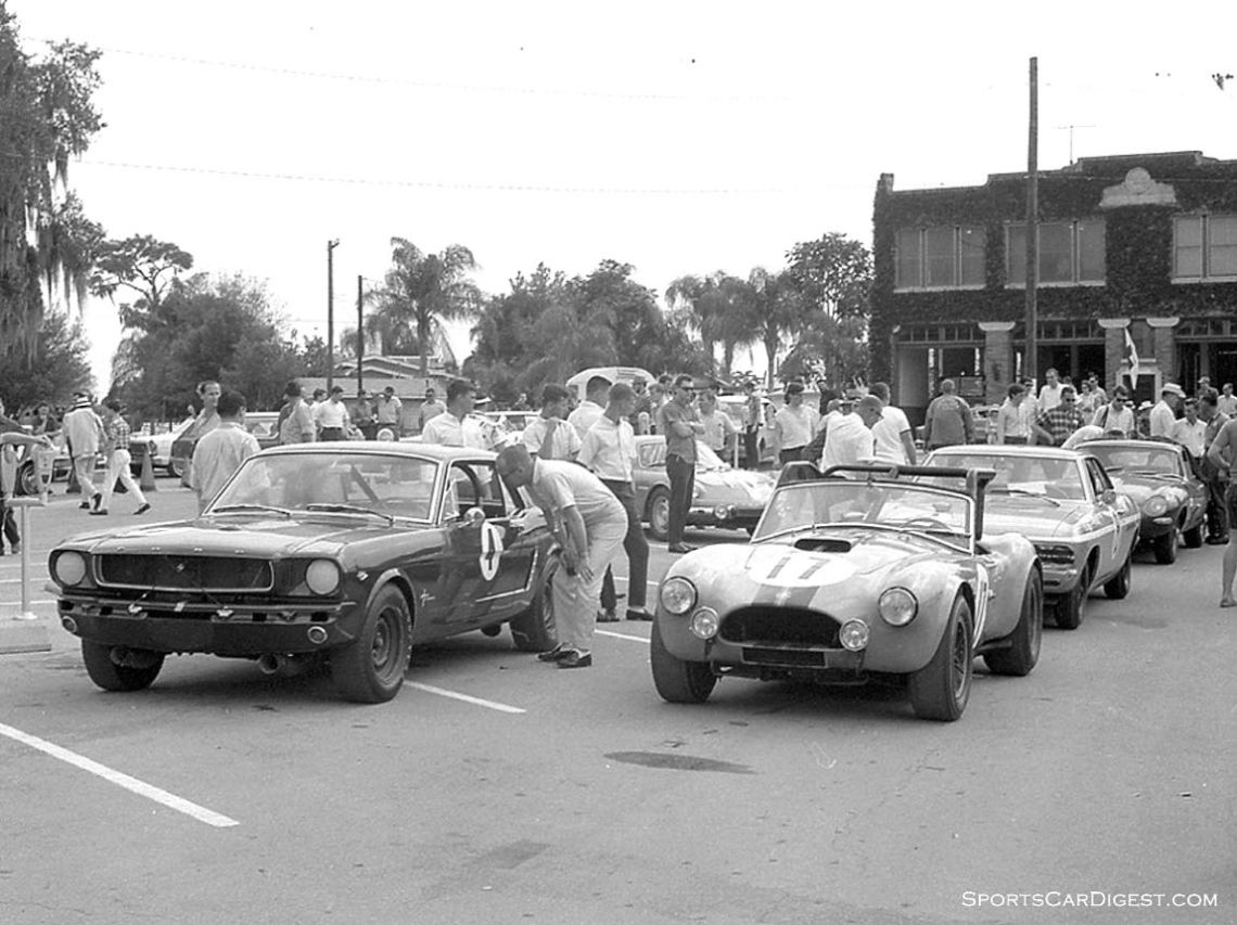 Race cars lined up waiting for inspection. The #17 car is the Shaw Racing Team Shelby Cobra that was driven by Dick Thompson and Graham Shaw. The car finished 19th. (photo: Dave Nicholas)