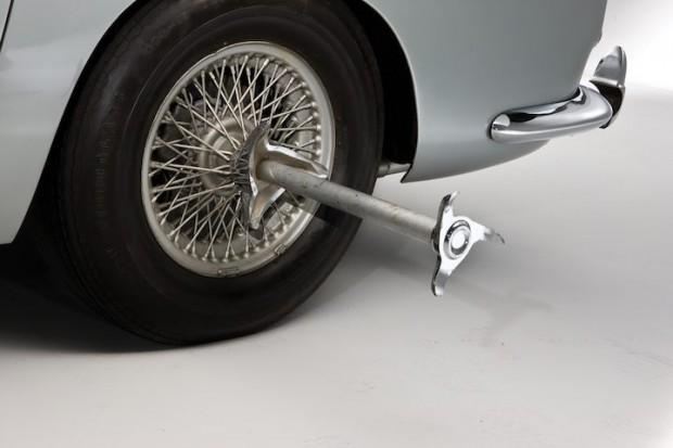 Aston Martin DB5 James Bond Movie Car - Knock-offs