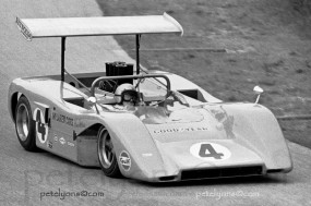 Bruce McLaren, McLaren M8B, Road America
