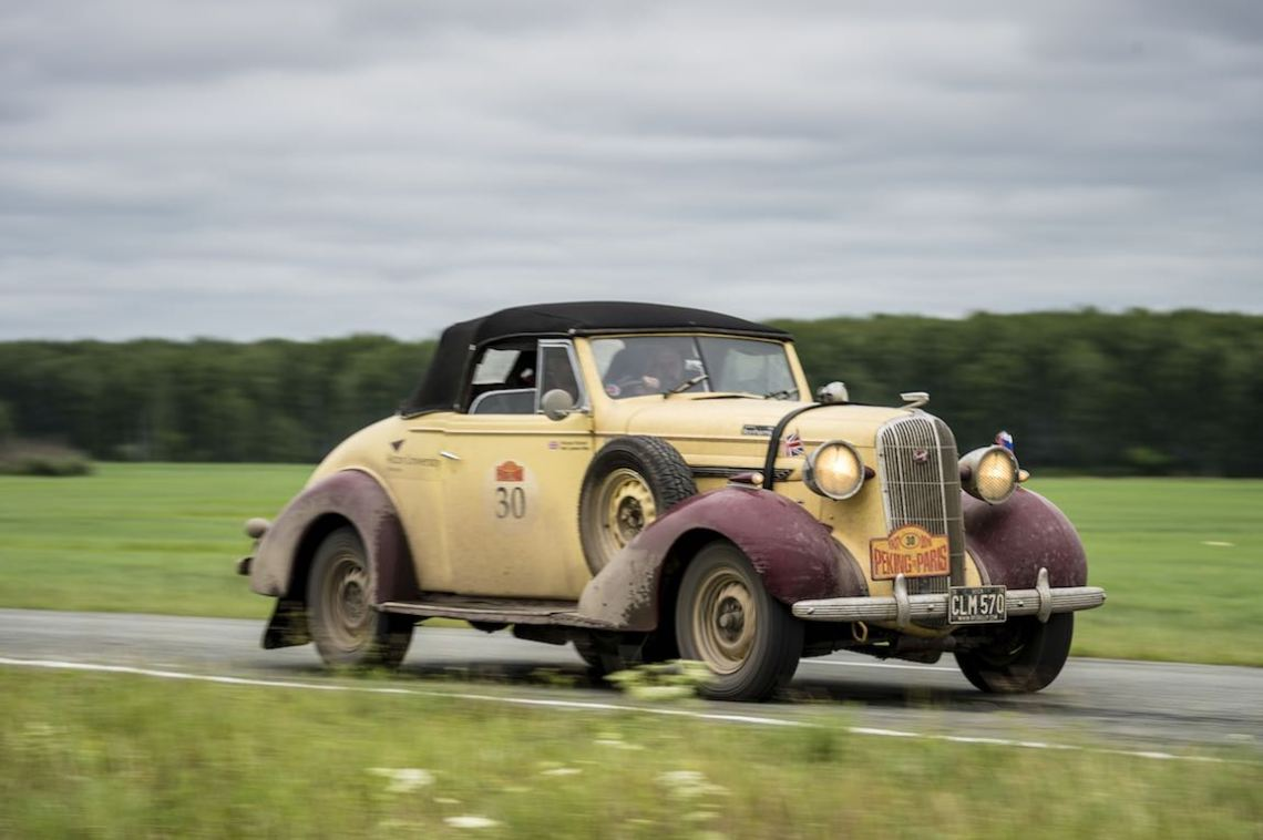 Car 30. Richard Nicholl(GB) / Neil Lawson-May(GB)1936 - Buick Special Convertible4467, Peking to Paris 2016., Peking to Paris 2016. Day 16. Omsk - Tyumen