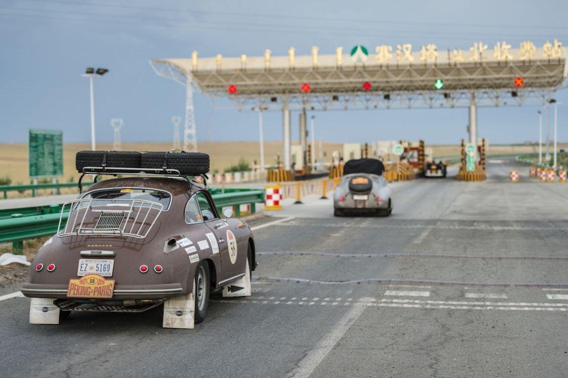 Car 58. Tony Connor(USA) / Jill Kirkpatrick(USA)1956 - Porsche 356A1600, Peking to Paris 2016., Peking to Paris 2016. Day 02. Datong - Erenhot