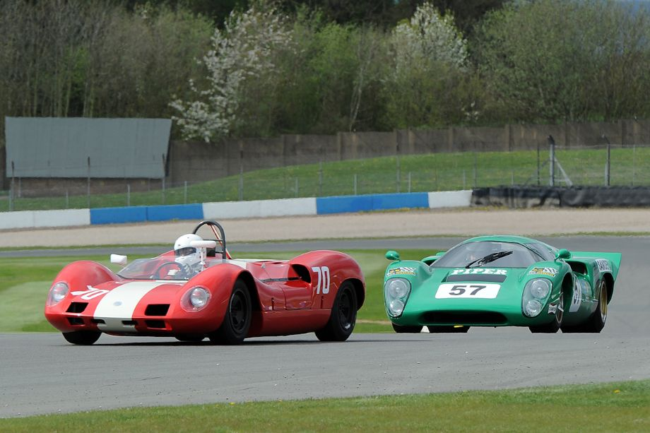 Elva Mk8 and Lola T70 Mk3B