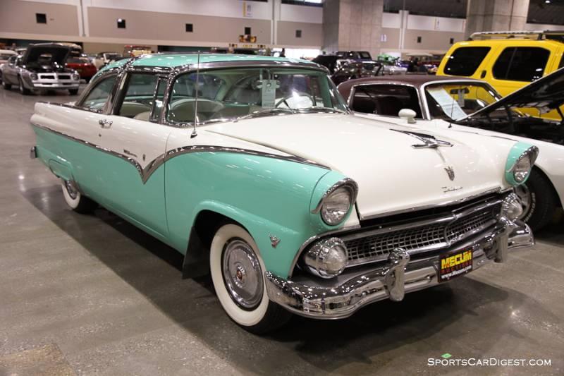 1955 Ford Fairlane Crown Victoria 2-Dr. Sedan