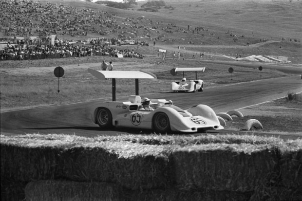 Phil Hill Chaparral 2E