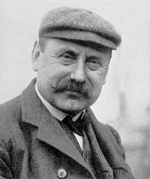 Leonce Girardot won the 1901 Gordon Bennett Cup in a Panhard.