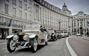 Rolls-Royce Spirit of Ecstasy Drive