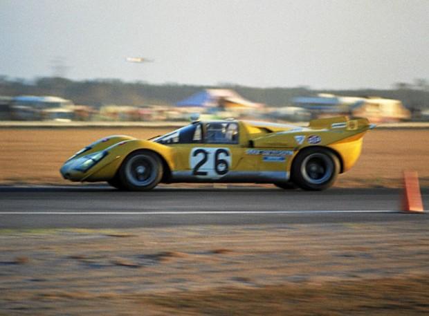 Ferrari 512S of Hughes de Fierlant and Gustave Gosselin