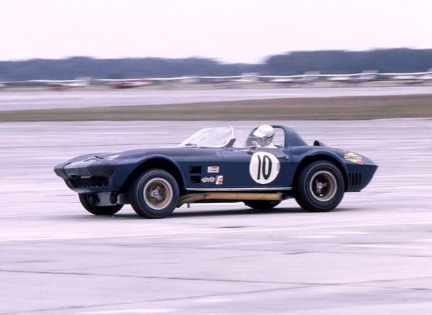 Dick Thompson, Dick Guldstrand, Penske Corvette Grand Sport, 1966 Sebring 12 Hours