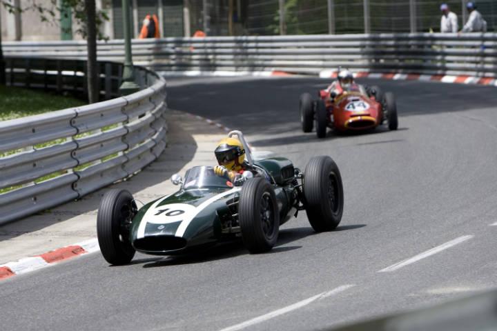 2009 grand prix de pau historique for Garage automobile pau