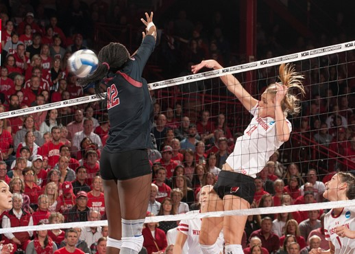 Volleyball Wisconsin Athletics Volleyball University Of Wisconsin