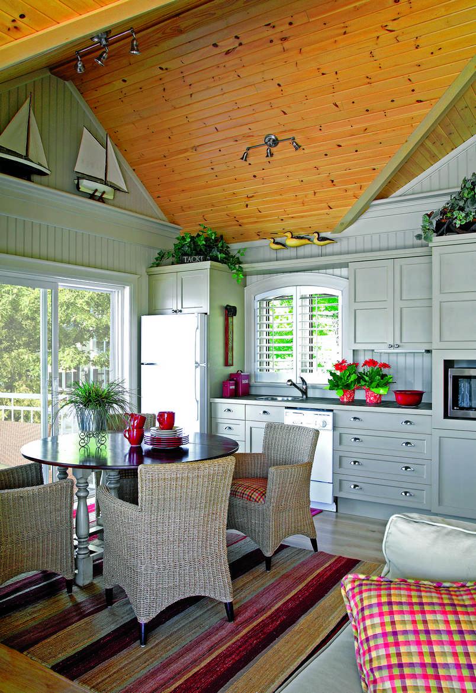 Small Kitchen Design Galley
