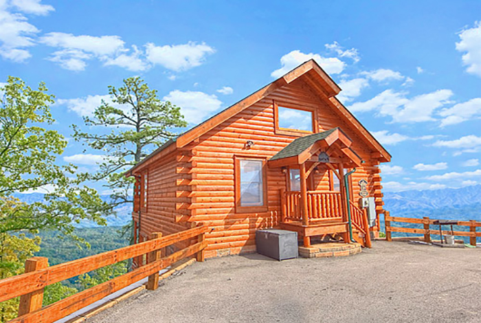 pet friendly cabins in gatlinburg: low fees, easy rules