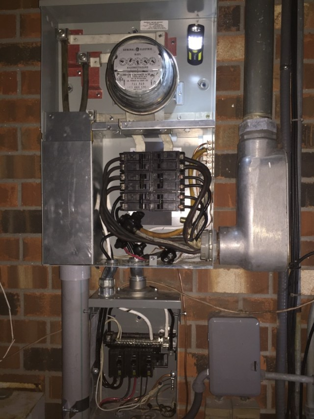 Kenner, LA - Emergency 24 hour panel and meter pan replacement. 24 hour service