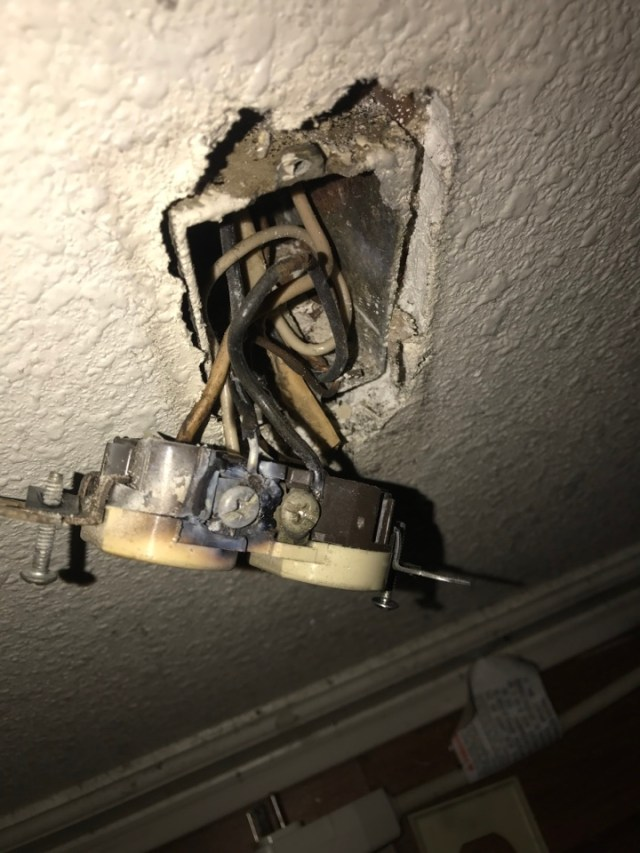 Kenner, LA - Repaired aluminum wiring circuit and receptacle in Kenner.