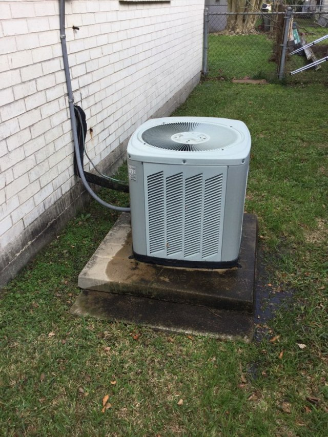 Deer Park, TX - Completed routine maintenance on a full Trane system.