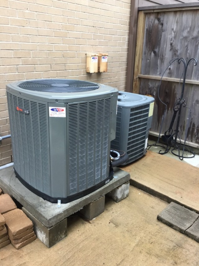 Seabrook, TX - Trane preventive maintenance, washing outdoor unit. Checking puron (410a) Freon levels. Flushing drain lines. Centerpointe and Trane rebates available in the area