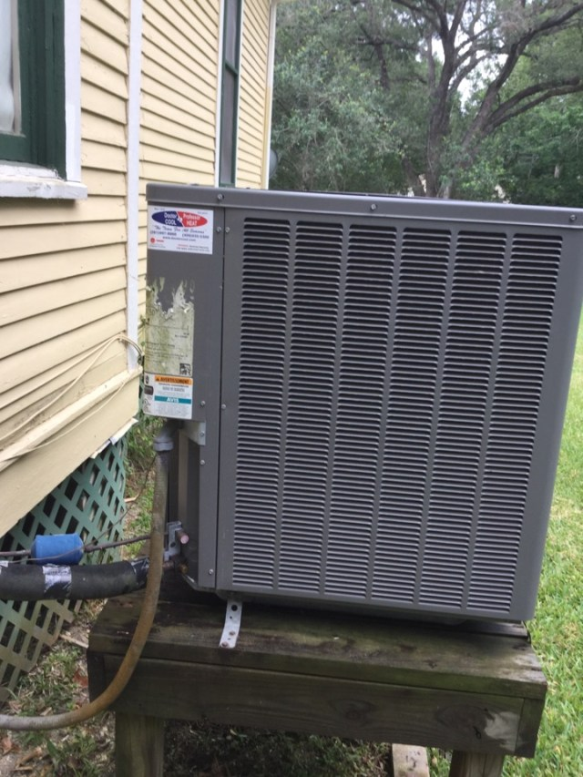 League City, TX - Ac tune up on Rudd system in league city everything cleaned and running good