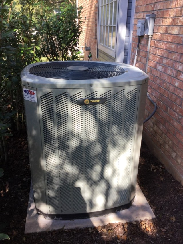 Houston, TX - Annual Ac and Heating maintenance Tune up on Trane