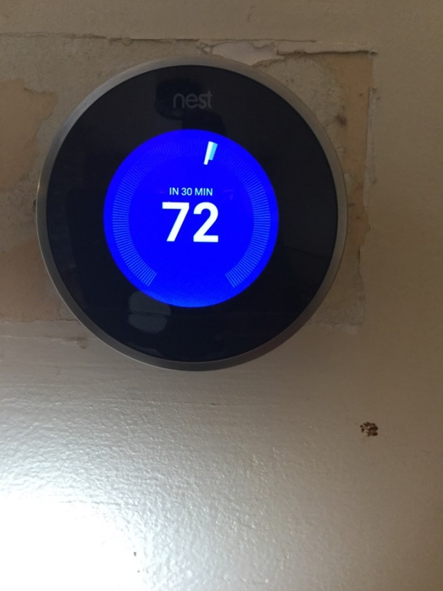 Pearland, TX - Ac and heating service.  Nest Wifi thermostat Checking Goodman system.