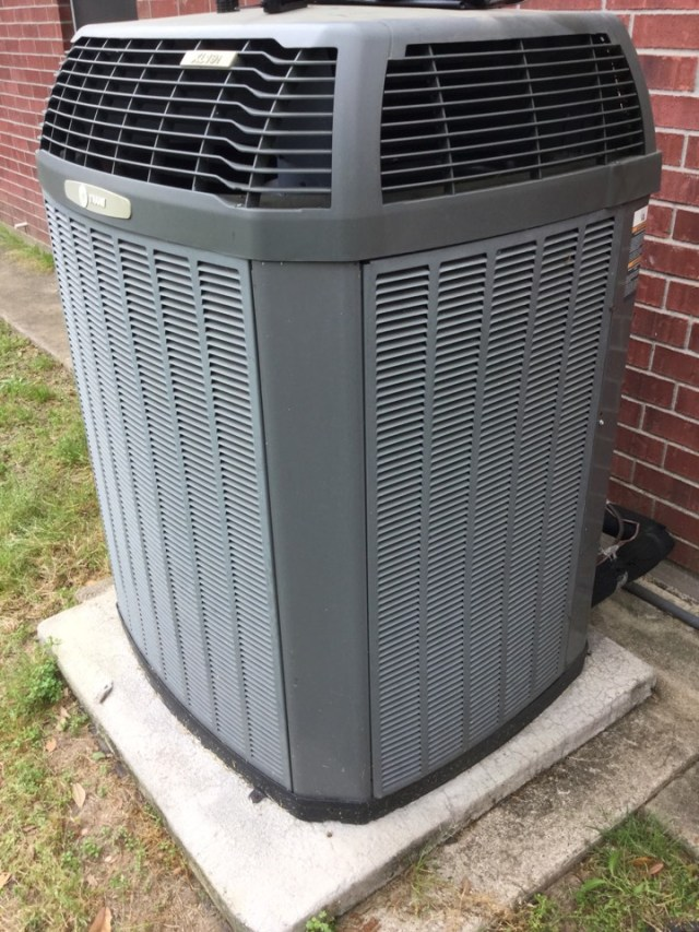 Alvin, TX - I'm performing a air-conditioning refrigeration maintenance on aunit. Maintenancingthe unit to prevent a no cool situation. Checking andservicing the outdoor and indoor components to prevent the unit fromrunning excessively long and not cooling.Cleaning and sanitizing the drain lines to prevent excessive water leakage or adrain clog or excessive drip of water flow from the drain line.