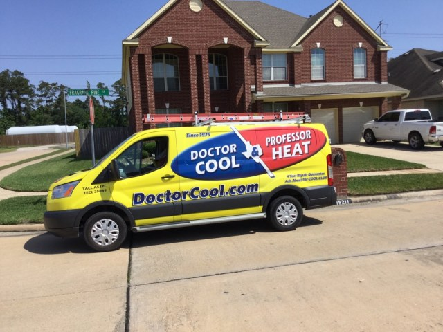 Houston, TX - Ac service call. Performed diagnostic on AC system and gave replacement and repair options in which the customer chose replacement