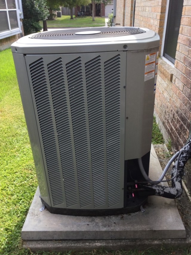 Pearland, TX - Ac tune up on Trane unit