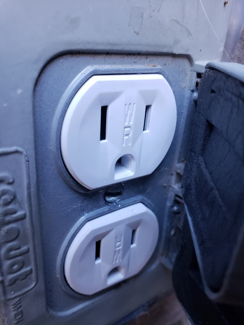 Cary, NC - Repair outdoor weather proof outlet, replaced with a new w/p outlet