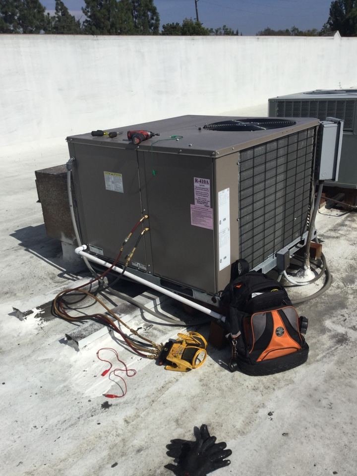 Fountain Valley, CA - Testing heat pump operations