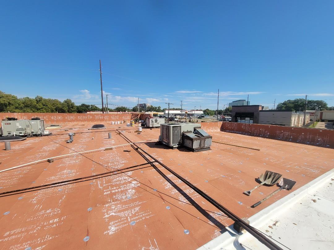 Tulsa, OK - Installation 60 Mil TPO System.