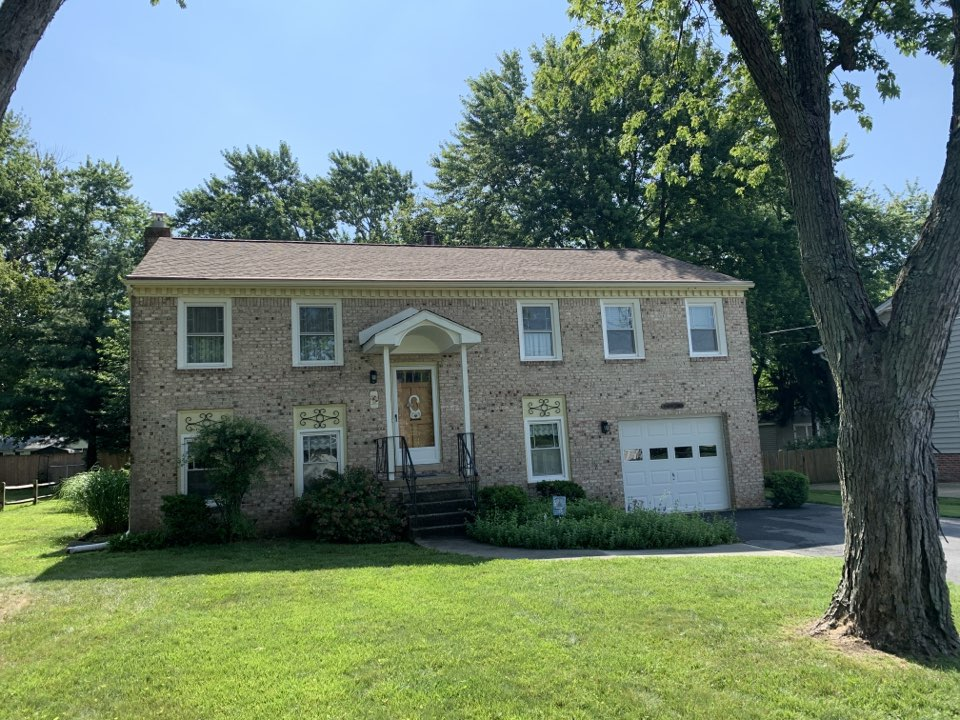 Annapolis, MD - Removed and replaced shingle roof with GAF Timberline HDZ Shakewood lifetime shingles,