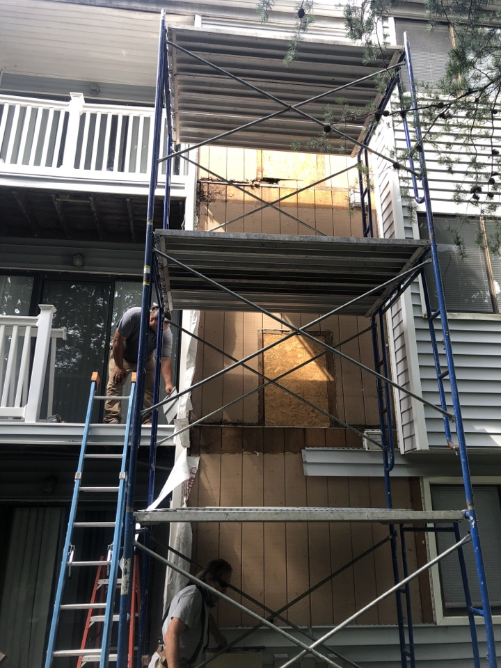 Odenton, MD - Siding repair due to water damage