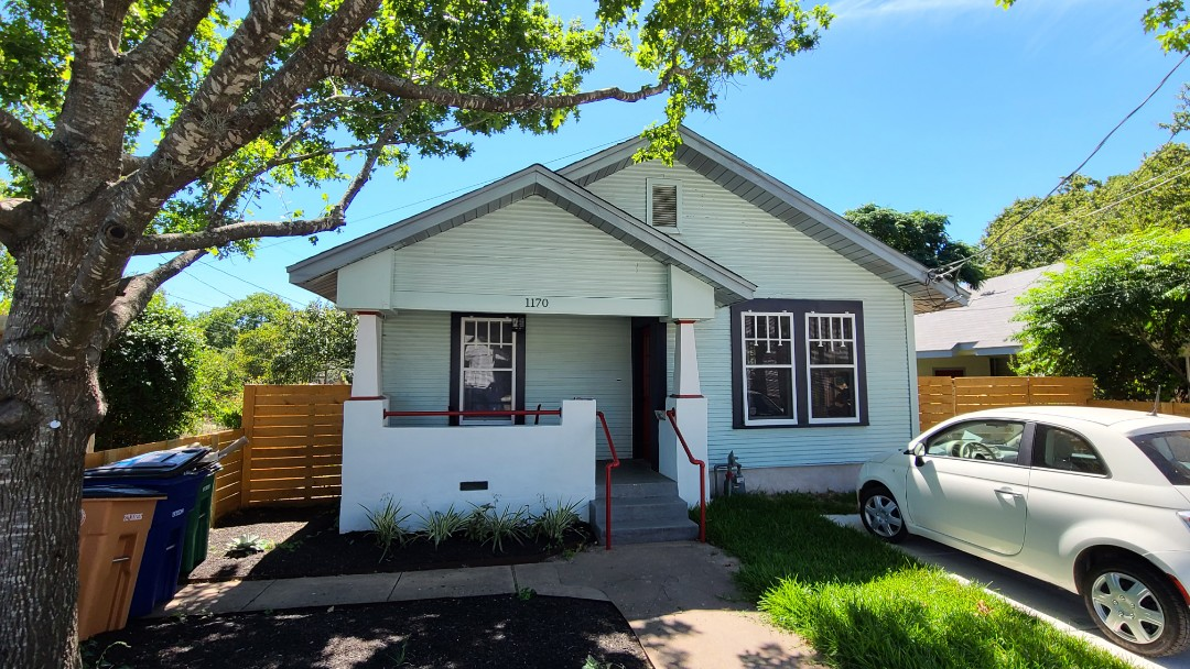 Austin, TX - This lovely 1927 Bungalo is ready for new energy star rated windows and new shiplap siding to preserve the original style of the home!