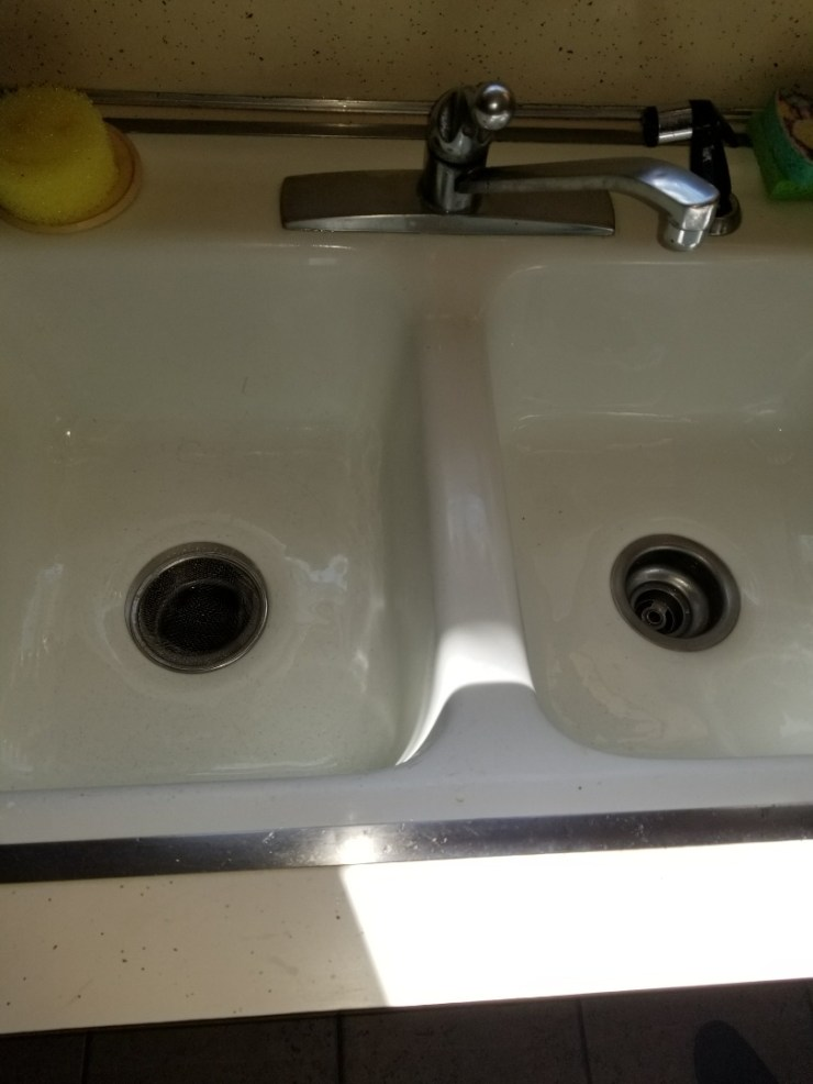 Richardson, TX - Kitchen sink is stopped up need repair. clear kitchen sink stoppage by removing p-trap and clearing stoppage