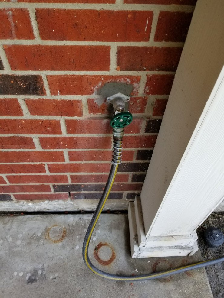 "Rowlett, TX - Outside faucet is  Leaking need repair. Install new 4"" frost proof faucet on outside wall. Rowlett plumbers"