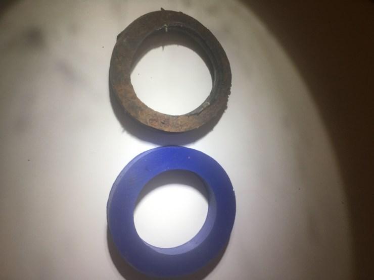 Plano, TX - Plumbing repair. Install new gasket at tub overflow