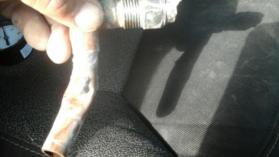 Duncanville, TX - Faucet broken off in wall