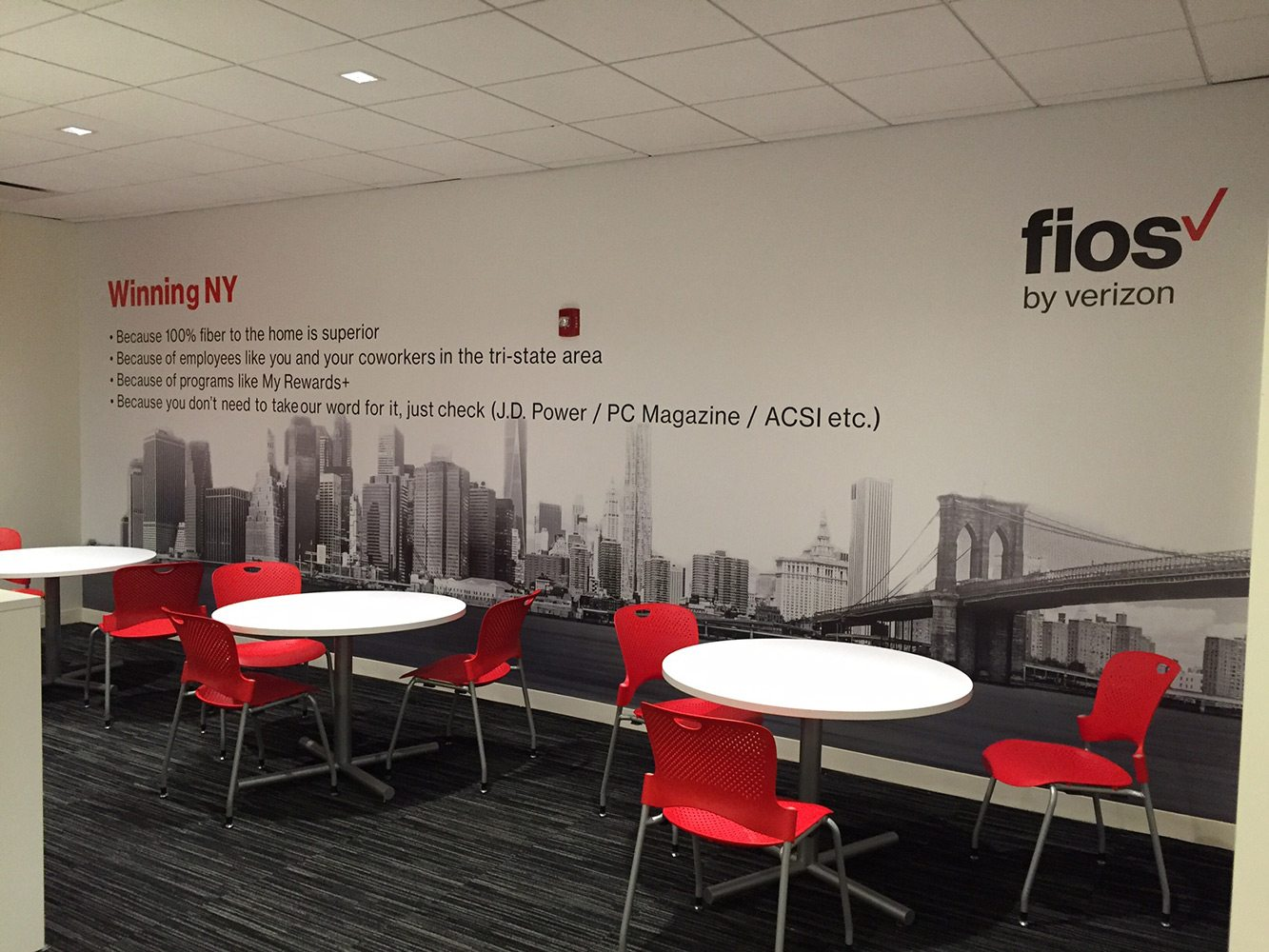 Verizon Wall Mural - Garden City, NY