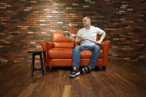 Eric Collins | Warehouse | Shipping & Recieving | Medford, MA