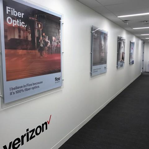 Verizon Fios 4x4 Standoff Displays