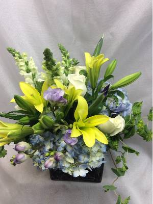 A 5 Star Customer Reviewed Flower Arrangement Designed by Flowers of Fort Lauderdale in Fort Lauderdale, FL