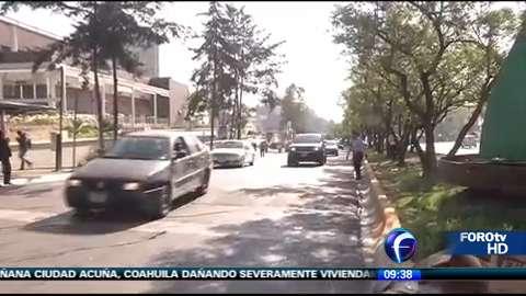 Taxistas bloquean avenida Vasco de Quiroga