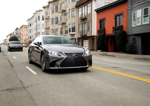 Lexus won't bar the grille: Brand remains committed to its spindle-shaped design