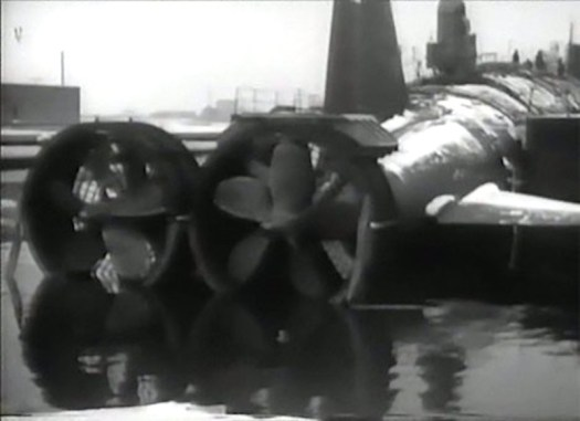 A still from a Soviet-era film about the Project 661 submarine showing its twin screws. The shrouds around the propellers were no longer in place when the submarine entered service.