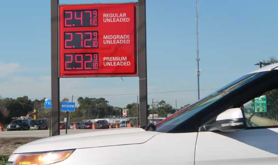 The average gas price has dropped nearly eight cents in one week. Photo: Renata Sago, WMFE.