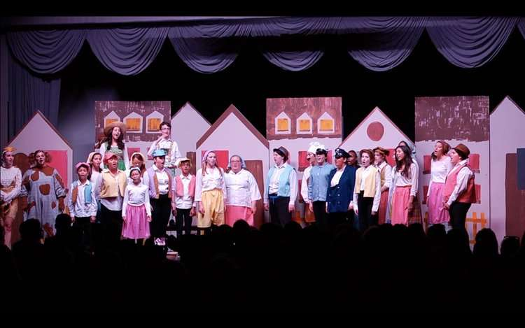 Photo of a past Opera Orlando Youth Company production courtesy of Opera Orlando website