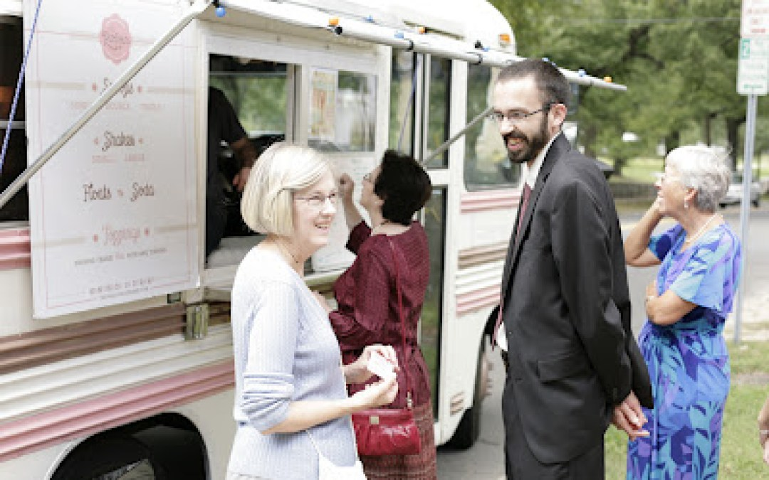 Drew & Maggie: A Foodie Couple with a Fantastic Wedding!