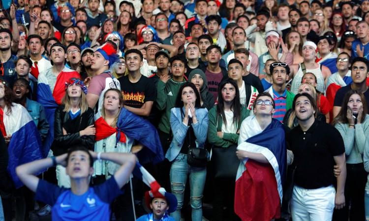 """Francia prohíbe las """"fan zones"""" por miedo aterrorismo"""